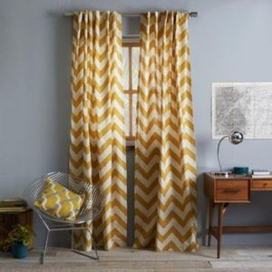 Bed Bath & Beyond Gold/Ivory Chevron Curtains 84in